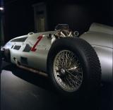 Mercedes-Benz_silver_arrow_w154.jpg