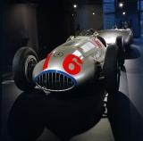 Mercedes-Benz_silver_arrow_w165.jpg